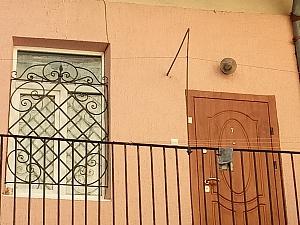 Затишна квартира недалеко від Оперного театру, 1-кімнатна, 004