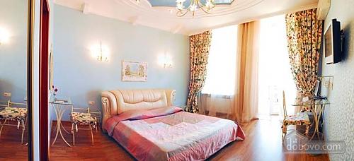 Ексклюзивна квартира, 3-кімнатна (28913), 005