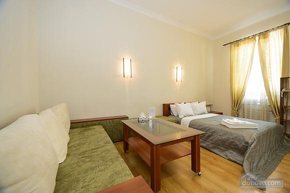 Large jaсuzzi apartment with balcony and sofa bed, Studio (51825), 004