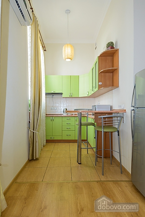 Large jaсuzzi apartment with balcony and sofa bed, Studio (51825), 006