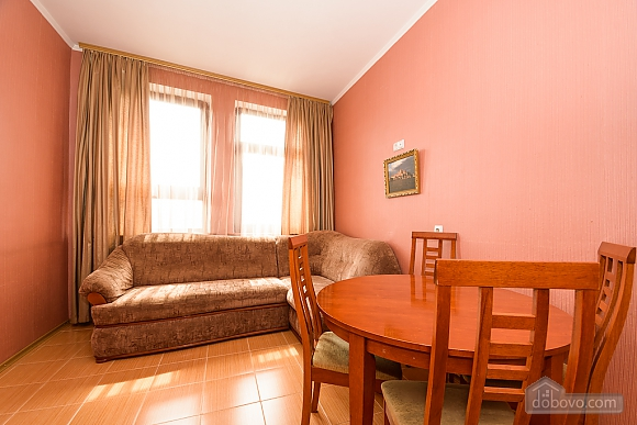 Comfortable spacious one-bedroom apartment with kitchen and bathtub, Zweizimmerwohnung (52352), 006
