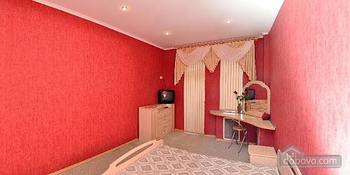Красива світла квартира в центрі, 2-кімнатна (52880), 008