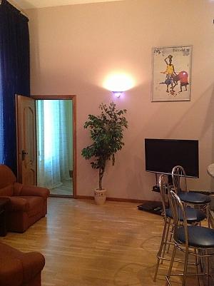 25 Velyka Vasylkivska, One Bedroom, 002