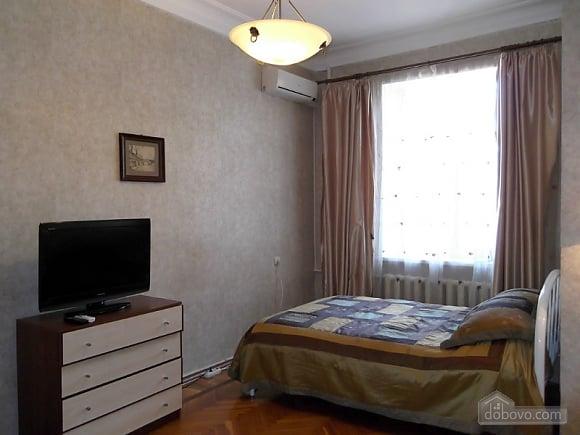 Квартира в центрі біля Філармонії, 2-кімнатна (95924), 006