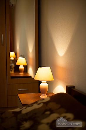 Квартира в центрі біля Філармонії, 2-кімнатна (95924), 010