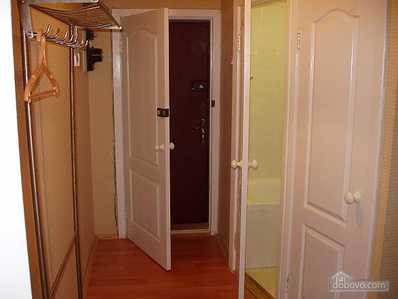 19 Darnitskiy, Zweizimmerwohnung (51090), 002