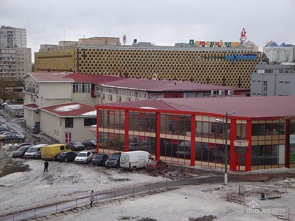 Квартира біля метро Дарниця, 2-кімнатна (96188), 010