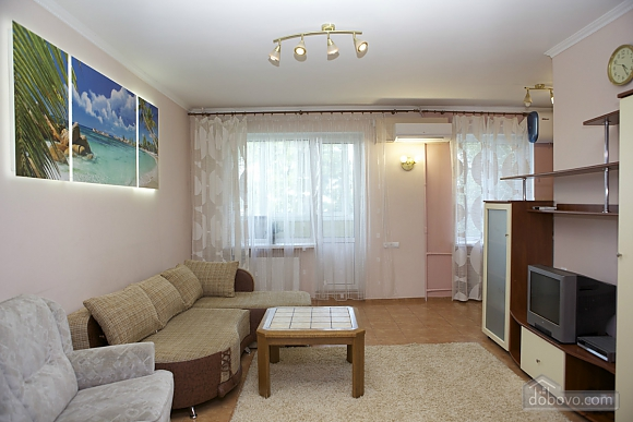 Spacious apartment with Wi-Fi in a quite center, Un chambre (96913), 001