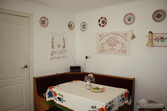House In Hungarian Style 52843 One Bedroom Apartment In