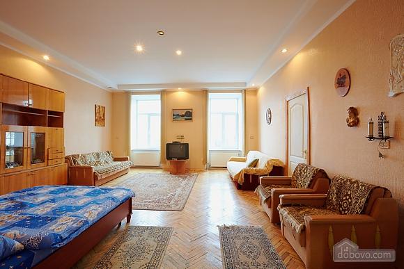 Квартира біля Оперного театру до 8 осіб, 2-кімнатна (31144), 002