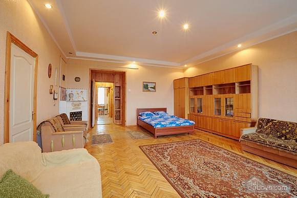 Квартира біля Оперного театру до 8 осіб, 2-кімнатна (31144), 005