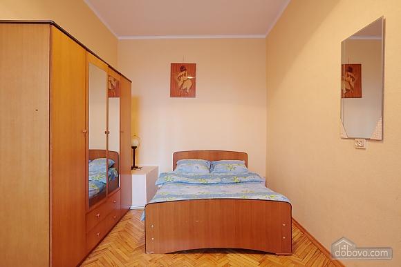 Квартира біля Оперного театру до 8 осіб, 2-кімнатна (31144), 009