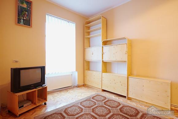 Квартира біля Оперного театру до 8 осіб, 2-кімнатна (31144), 010