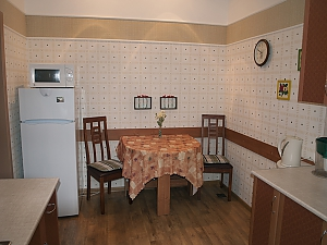 Квартира в історичному центрі, 2-кімнатна, 004