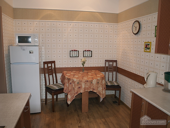 2-room in the historical center, One Bedroom (31342), 004