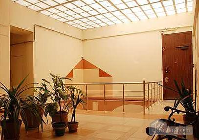 Center Khreschatyk VIP Bessarabskyi market, One Bedroom (31474), 011