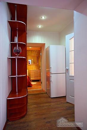Квартира в центрі – комфорт і затишок, 2-кімнатна (31803), 006