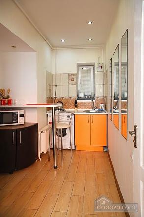 Квартира в центрі – комфорт і затишок, 2-кімнатна (31803), 007