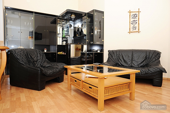 Квартира класу люкс в центрі, 4-кімнатна (10474), 015