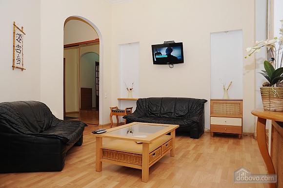 Квартира класу люкс в центрі, 4-кімнатна (10474), 016