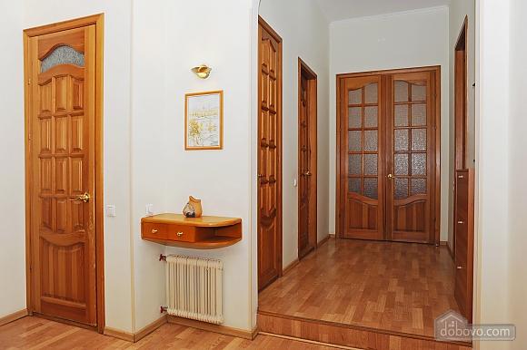Квартира класу люкс в центрі, 4-кімнатна (10474), 020