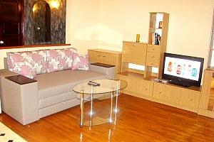 Квартира на Майдані Незалежності, 2-кімнатна, 001