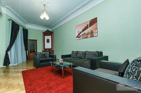 With a fire place in Kiev center, Three Bedroom (80000), 003