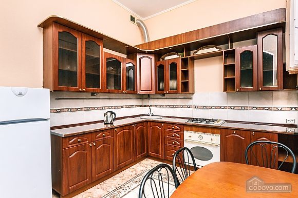 With a fire place in Kiev center, Three Bedroom (80000), 024