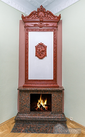 With a fire place in Kiev center, Three Bedroom (80000), 029