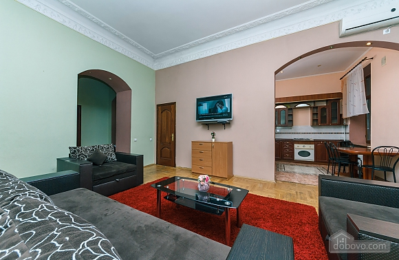 With a fire place in Kiev center, Three Bedroom (80000), 005