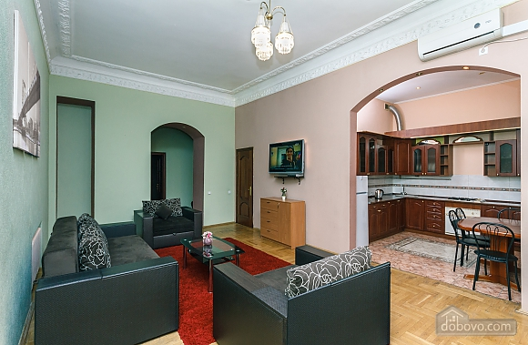 With a fire place in Kiev center, Three Bedroom (80000), 007