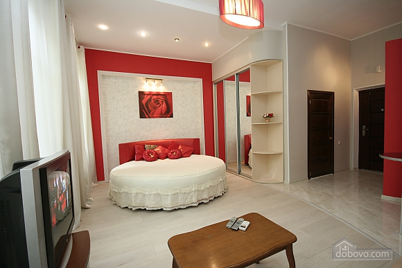 With Jacuzzi and Round bed, Monolocale (13176), 003