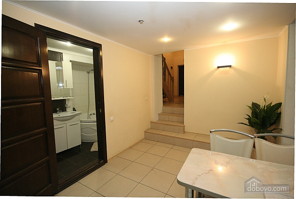 Two Bedrooms and two Bathrooms, Deux chambres (80725), 016