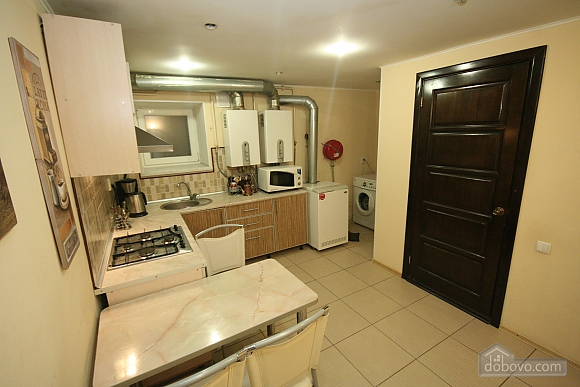 Two Bedrooms and two Bathrooms, Deux chambres (80725), 017