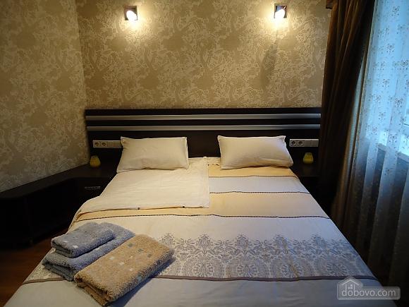 Comfortable apartment on Triokhsviatytelska, One Bedroom (13308), 003