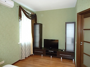 Comfortable apartment on Triokhsviatytelska, Un chambre, 004