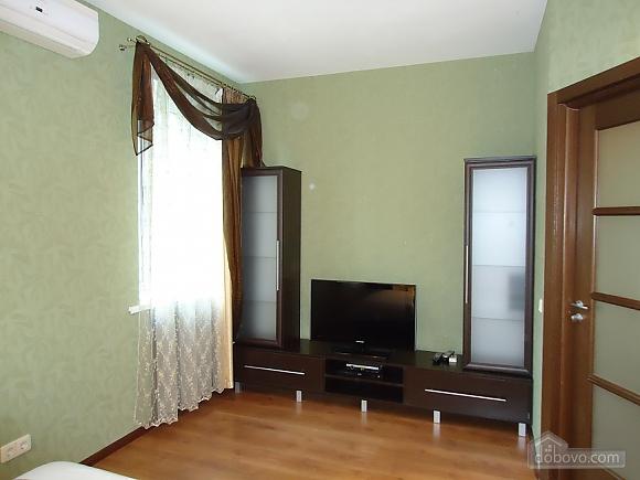 Comfortable apartment on Triokhsviatytelska, One Bedroom (13308), 004