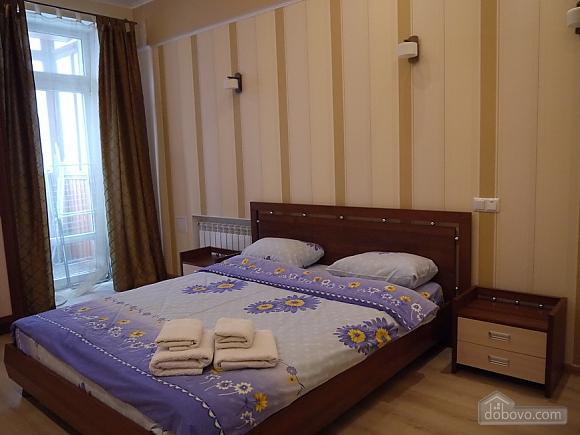 Квартира для комфорта, 2х-комнатная (58868), 002