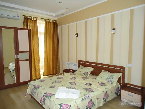 Квартира для комфорта, 2х-комнатная (58868), 001