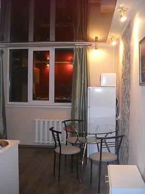 Стильна квартира з видом на Дніпро, 1-кімнатна, 003