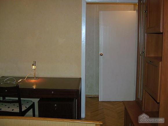 Apartment near to Kreschatyk, Three Bedroom (82439), 010
