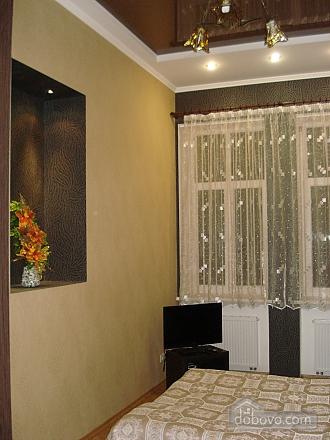 Apartment in the historical center, Studio (60055), 003