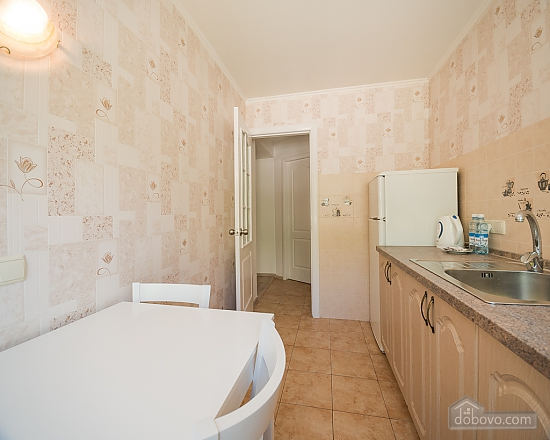 Large one-bedroom apartment with separate kitchen, Un chambre (15088), 006