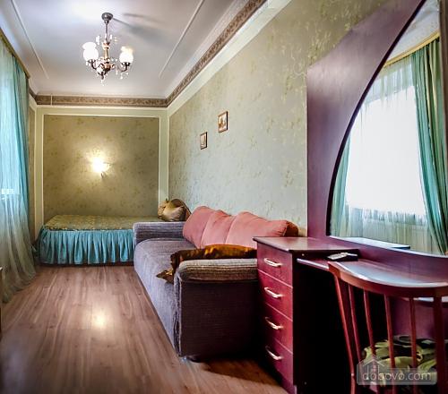 Квартира возле парка им. Ленина, 3х-комнатная (82900), 004