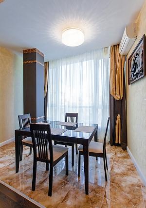 Квартира біля Дерибасівської, 2-кімнатна, 002