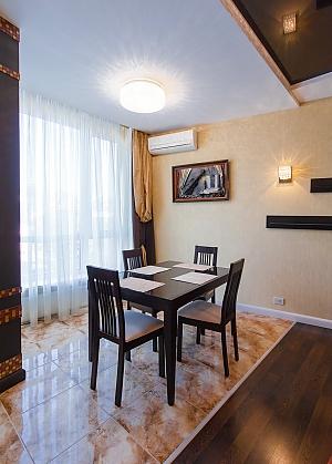Квартира біля Дерибасівської, 2-кімнатна, 003