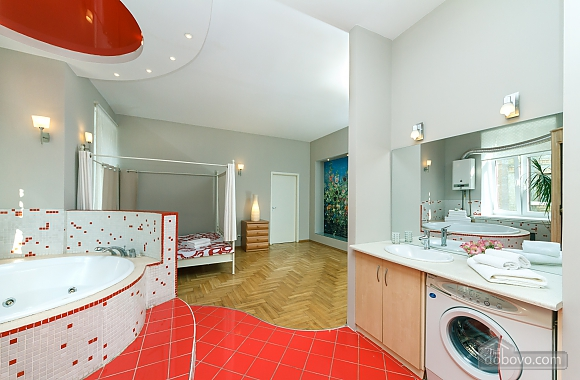 Jacuzzi and sauna, Trois chambres (85339), 015