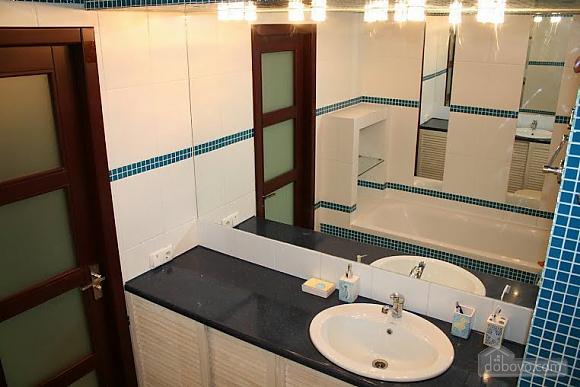 Апартаменты Монро, 2х-комнатная (85405), 002