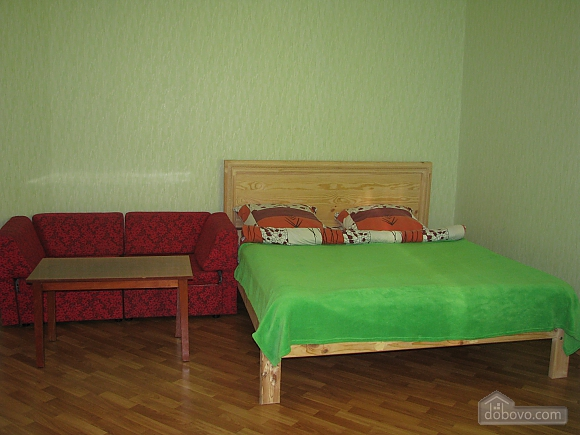 В центре Чернигова, 1-комнатная (63878), 007