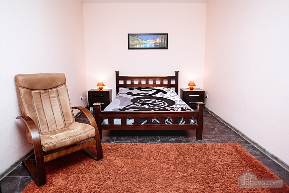 Apartment on Mira Avenue, Studio (64142), 001